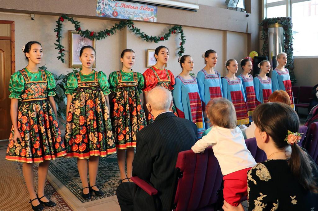 Новогодний концерт в Социальном жилом доме № 4 КСЖД города Москвы